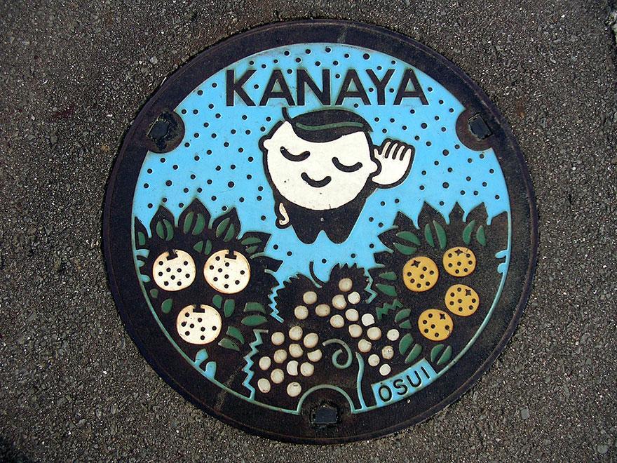 japanese-manhole-covers-10