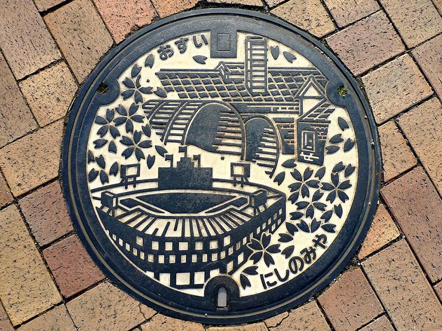 japanese-manhole-covers-14