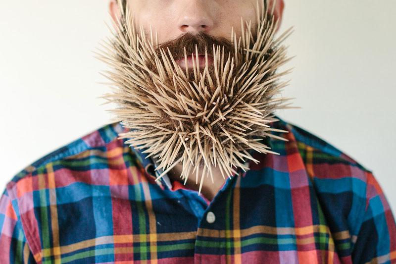 guy-sticks-random-things-in-his-beard-instagram-tumblr-41
