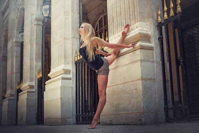 Urban-Dancer-and-Gymnast-Images-19-677x452