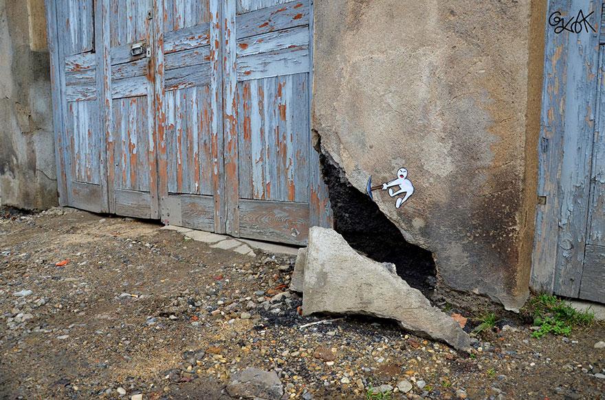 creative-street-art-oakoak-2-18