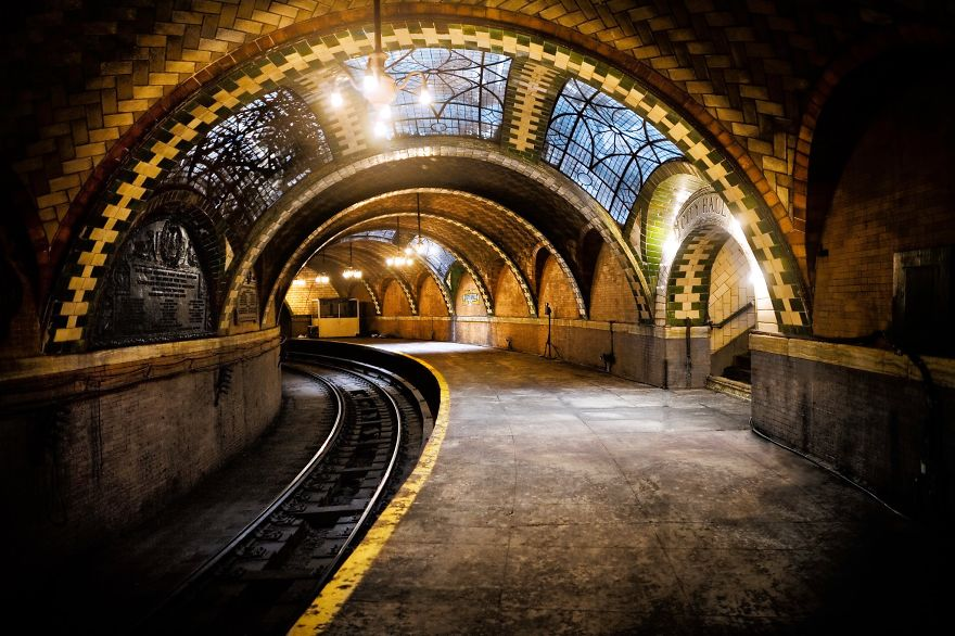 the-most-beautiful-metro-stations-in-the-world-76189