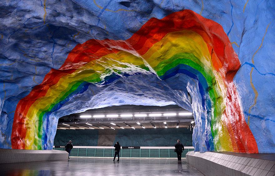 the-most-beautiful-metro-stations-in-the-world-88678