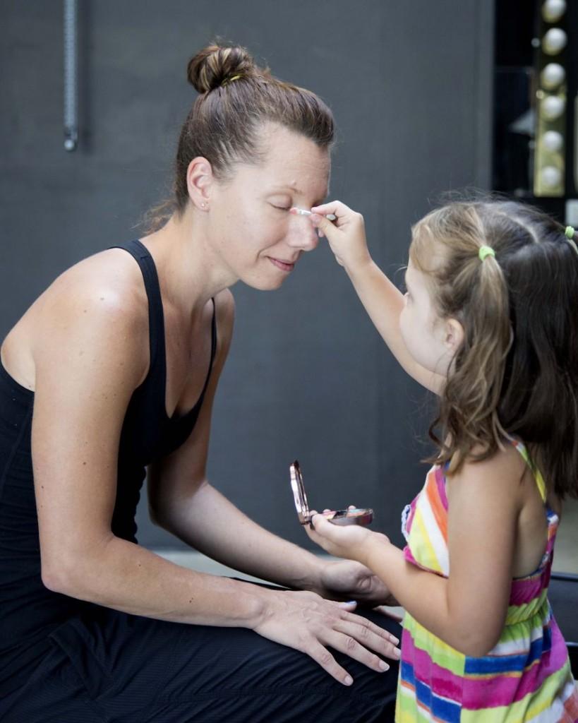 madres hijas maquillaje15