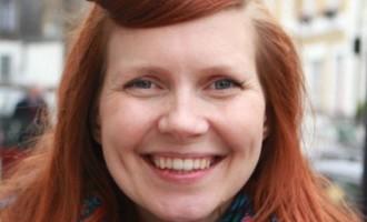 Lucy Aitken, la mujer que lleva tres años sin lavarse el pelo con shampoo