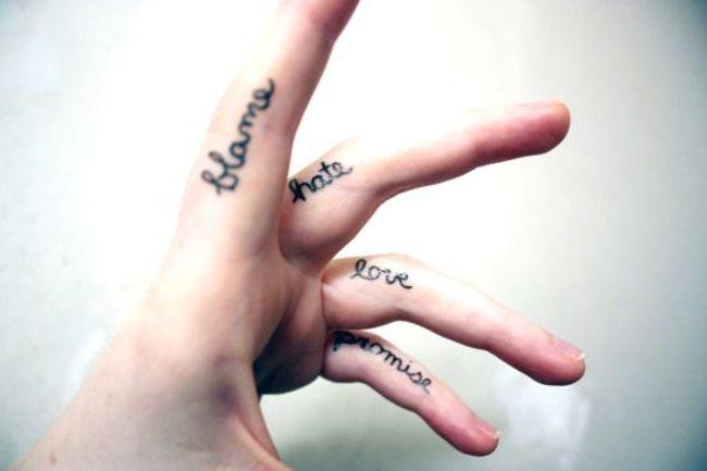 mini-tatuaje-dedos11