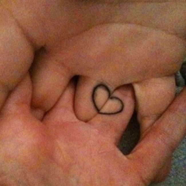 mini-tatuaje-dedos12