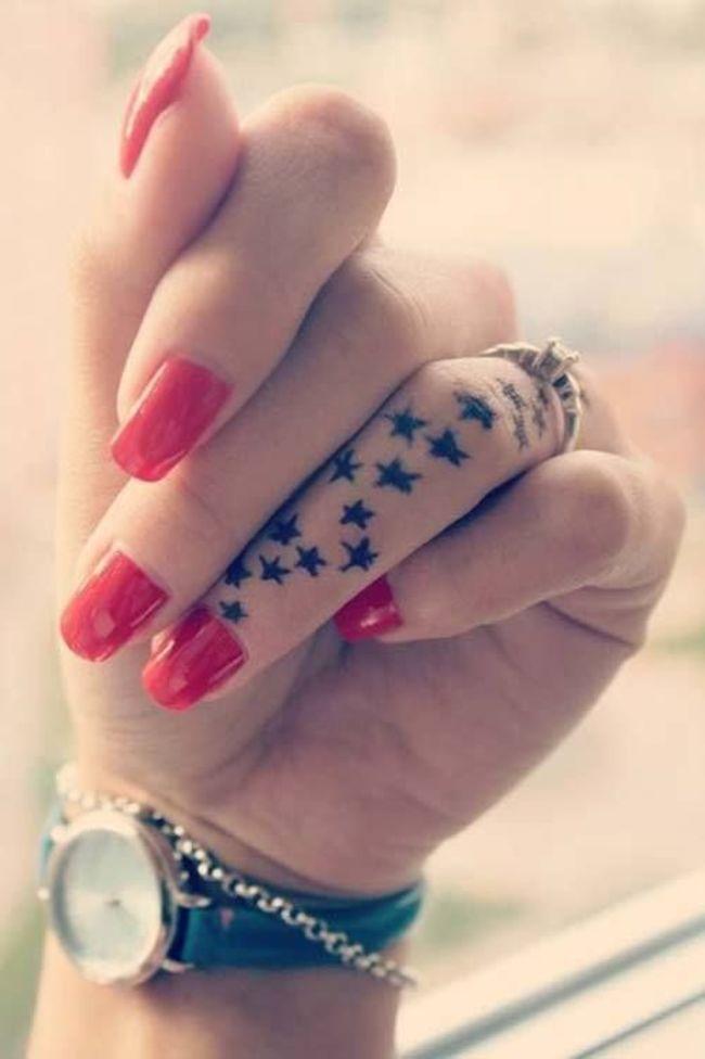 mini-tatuaje-dedos17