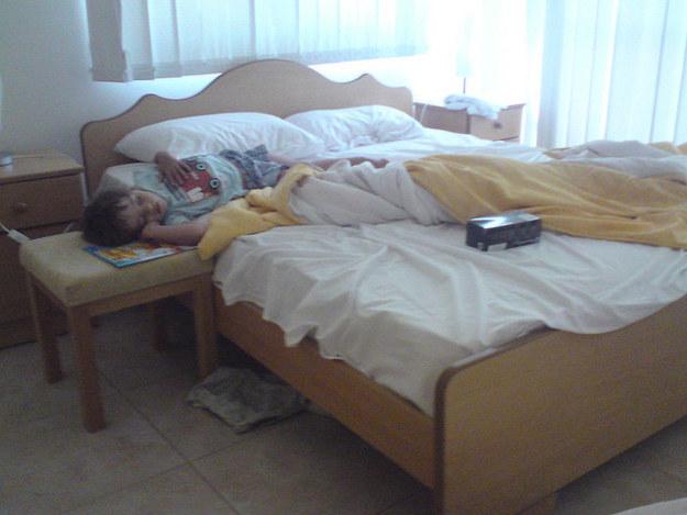 dormidos17}