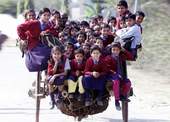 234455-R3L8T8D-650-children-going-to-school-around-the-world-55
