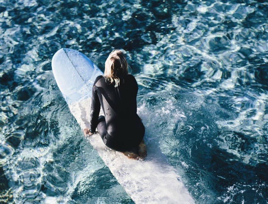 surfergirl-0-900x684