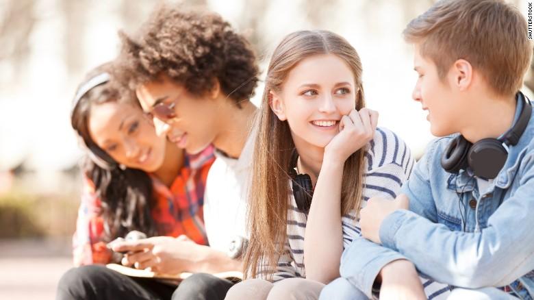 happy-college-students