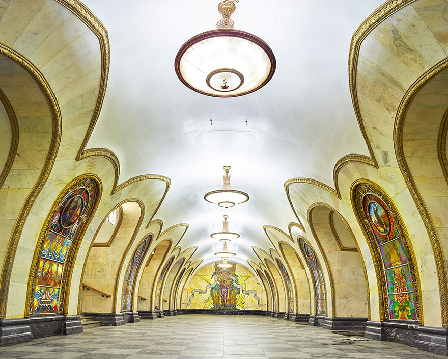 moscow-metro-station-architecture-russia-bright-future-david-burdeny-5