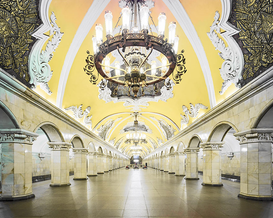 moscow-metro-station-architecture-russia-bright-future-david-burdeny-7