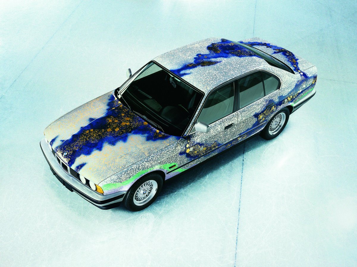matazo-kayamas-theme-for-his-1990-bmw-535i-art-car-was-snow-moon-and-flowers