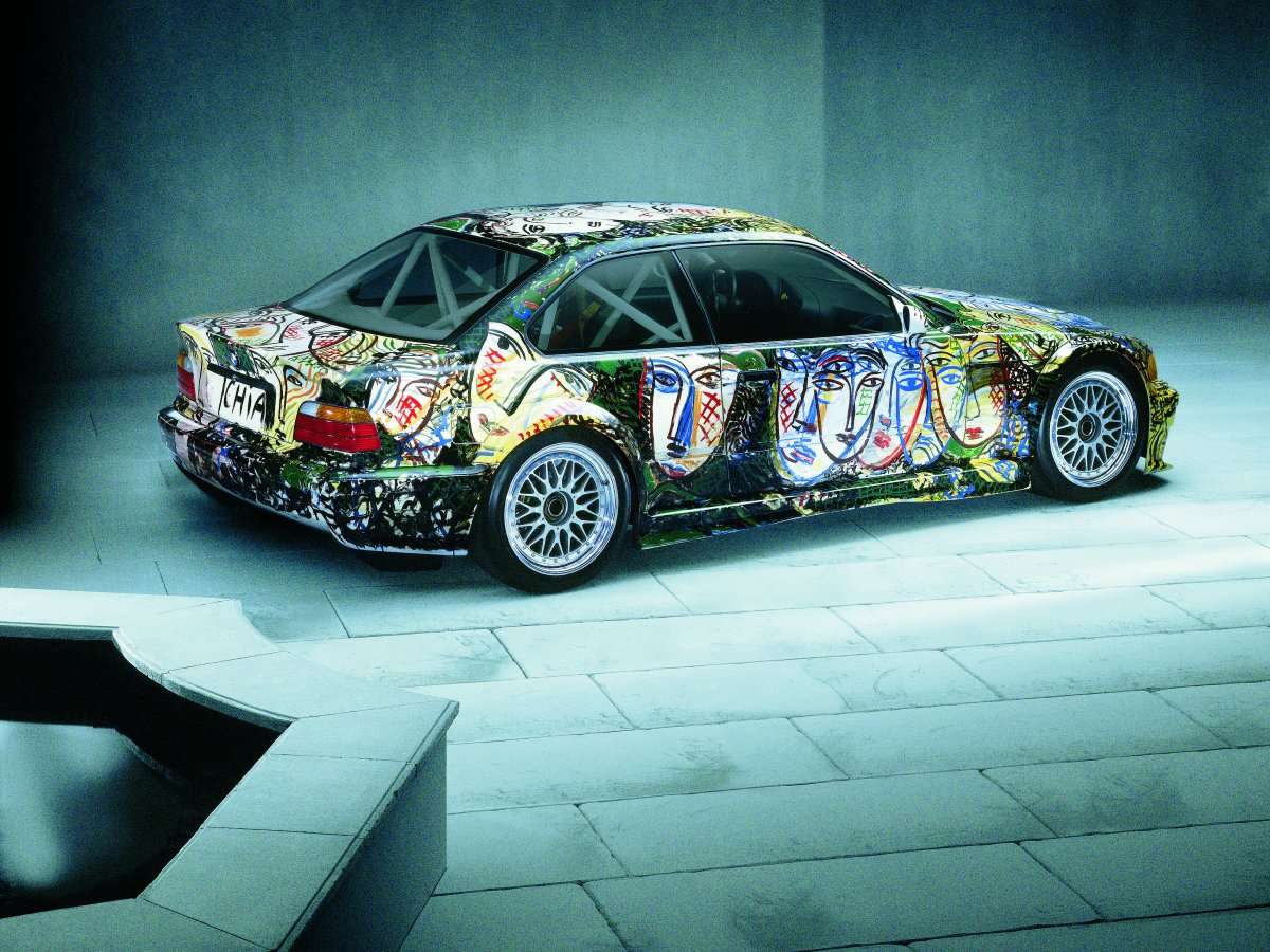 sandro-chio-painted-his-1992-3-series-racing-art-car-to-be-like-a-mirror-it-confronts-the-people-who-look-at-it